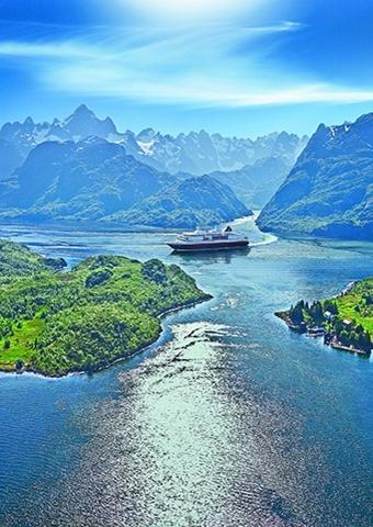 Reisekino: Hurtigruten